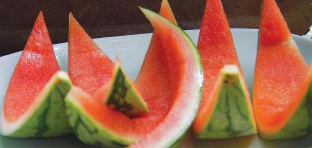 قشور البطيخ