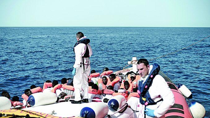 زورق مهاجرين